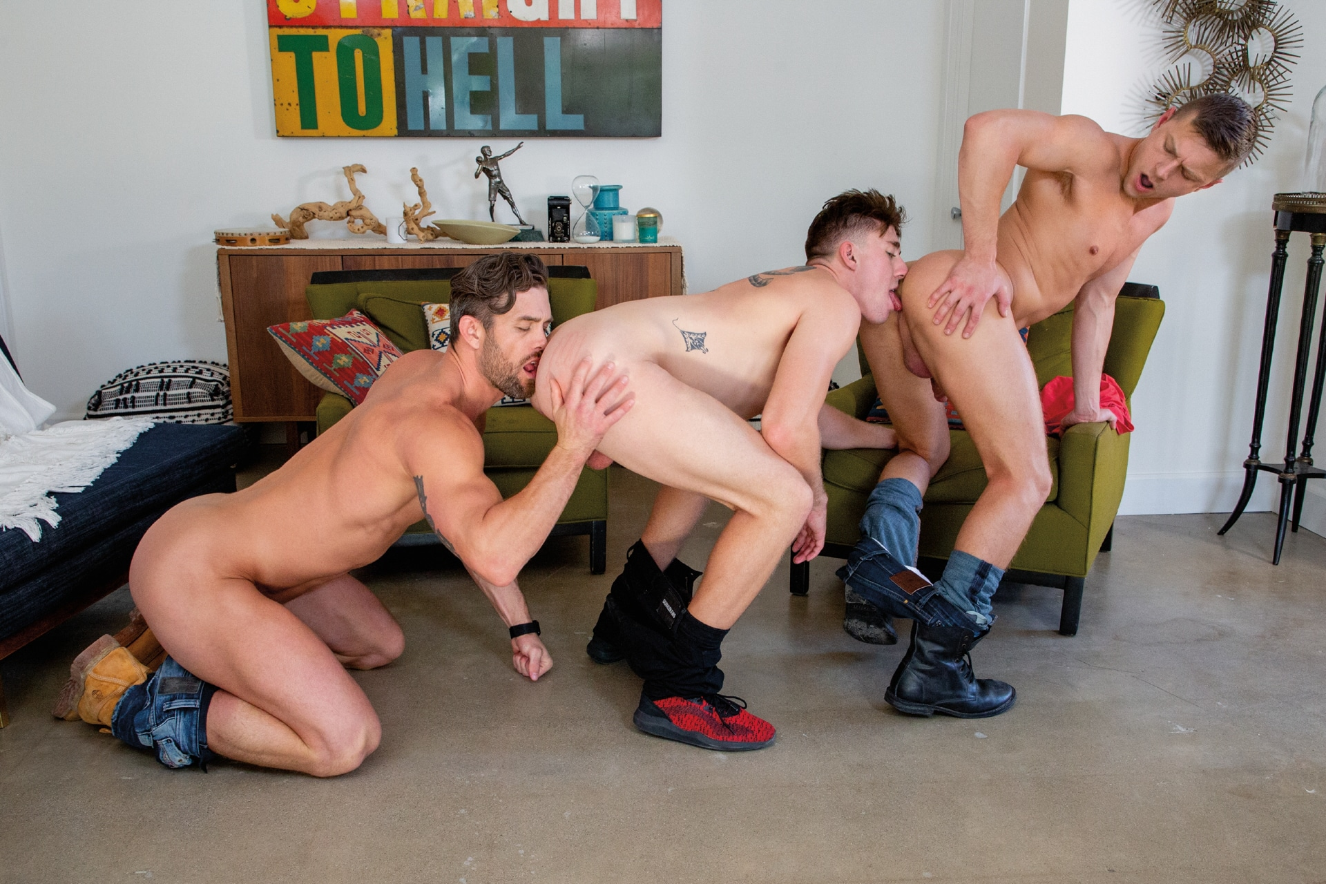 Hot House gay threesome porn